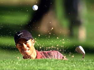 tiger-woods-out-of-bunker3