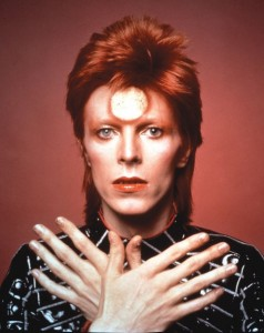 bowie-hands