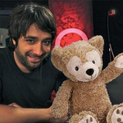 Jian Ghomeshi: unrepentant teddy bear of love